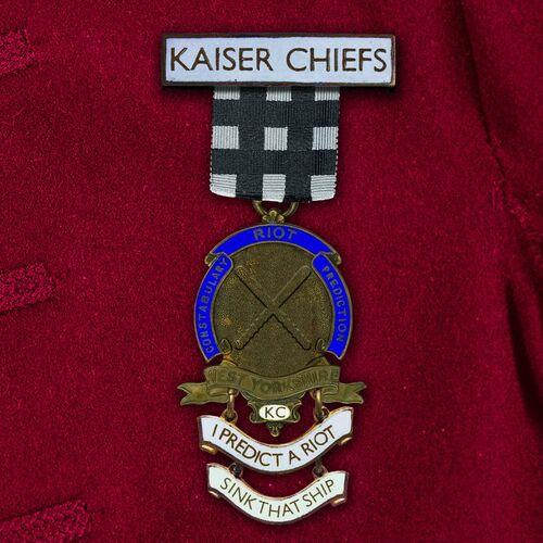 Kaiser Chiefs - I Predict A Riot / Sink That Ship